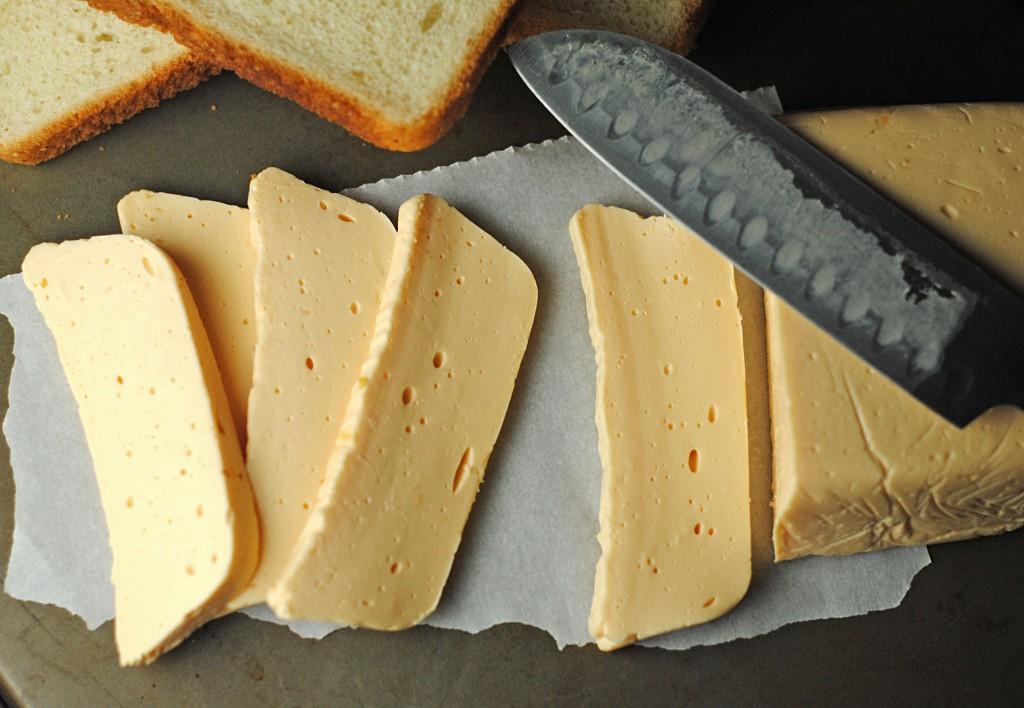 Homemade-Velveeta-Cheese-1-1024x708