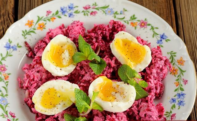 svokla-chesnok-syr-salat-03