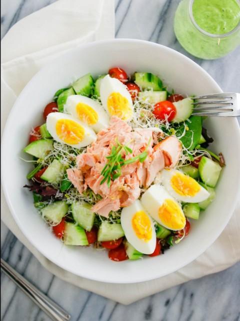wasabi-salmon-salad-bowl-01