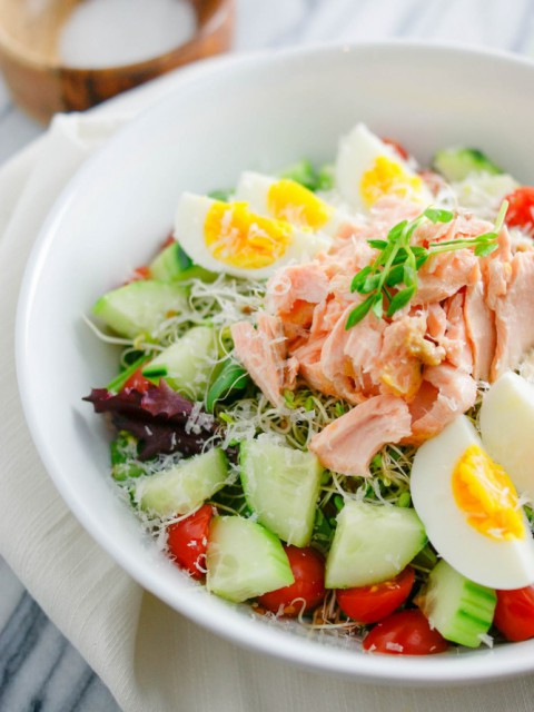 wasabi-salmon-salad-bowl-02