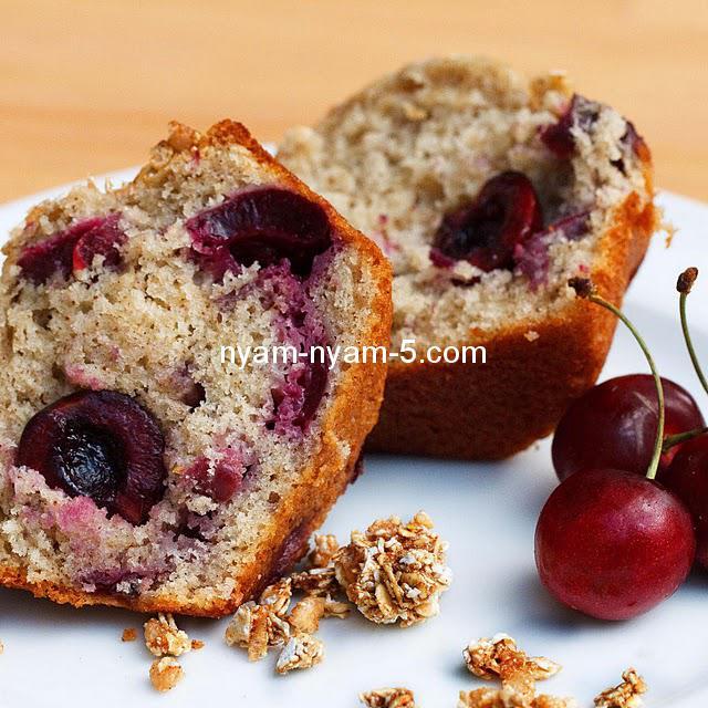 Cherry-Vanilla-Muffin-7