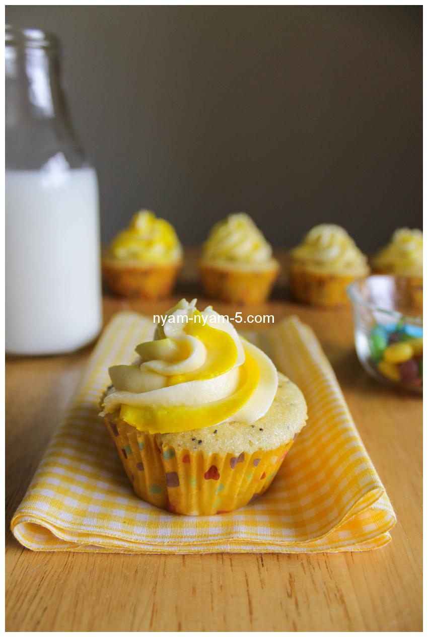 LemonPoppySeedCupcakes30