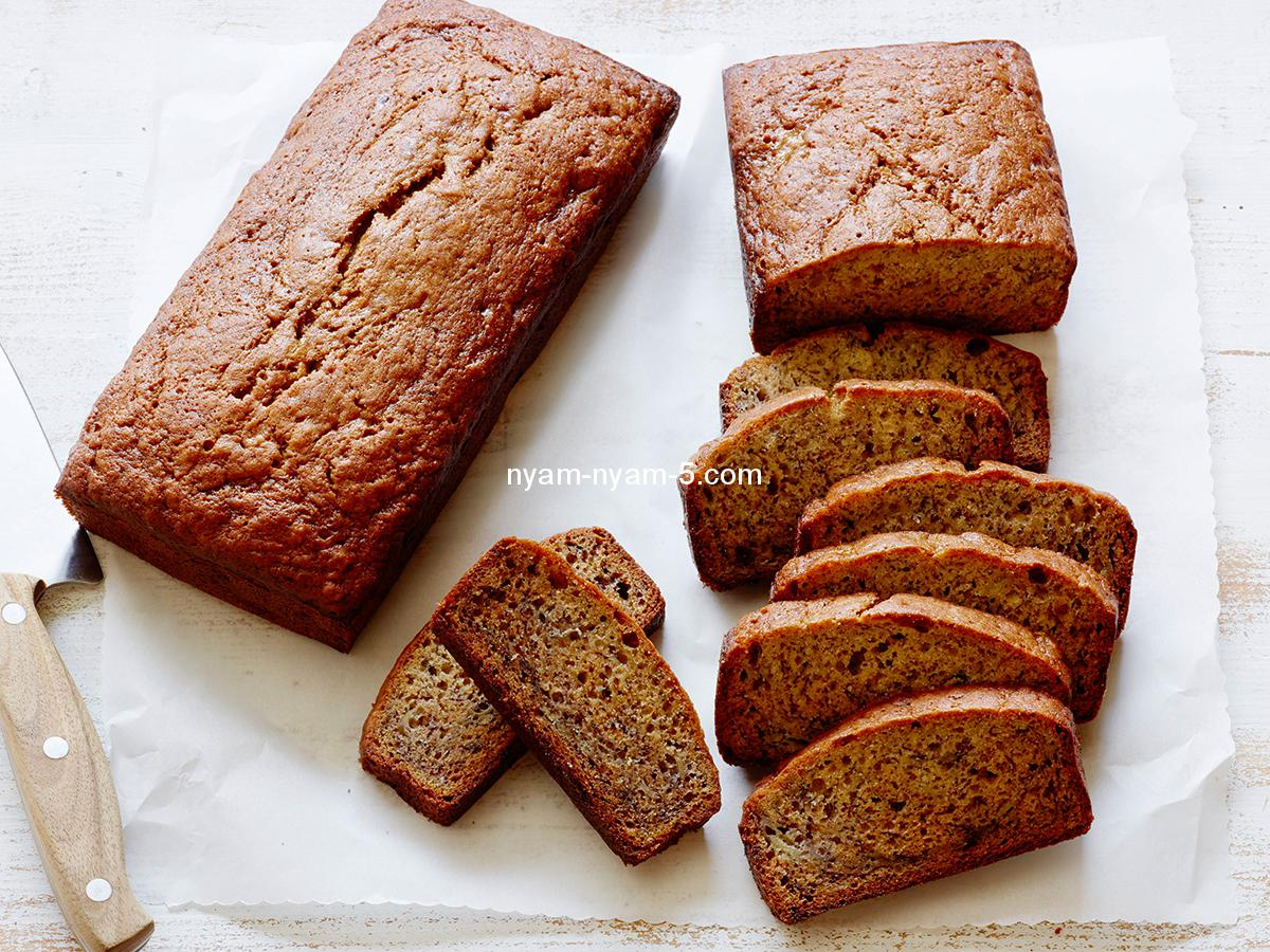 BANANA BREAD, Food Network Kitchen, Food Network, Flour, Baking Soda, Baking Powder, Eggs, Sugar, Bananas, Vanilla, Vegetable Oil, Cinnamon